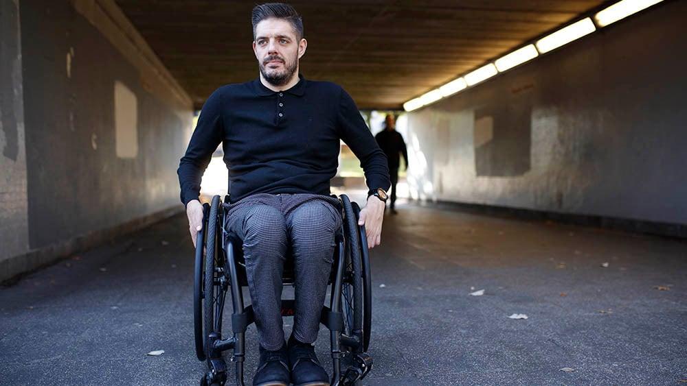 1245915-Michael Kerr on his wheelchair 1810-HC