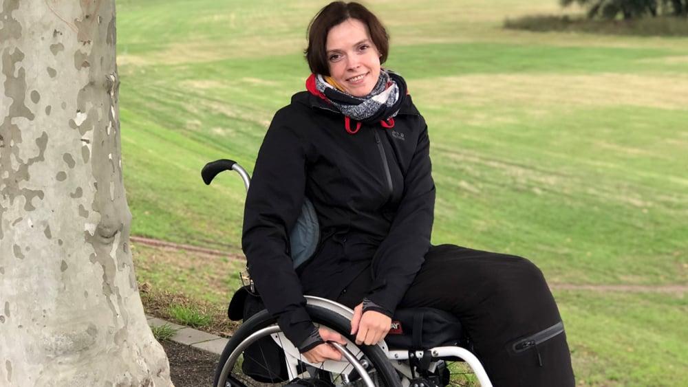 1245960-Regina Fernandez on wheelchair blog post World MS Day-HC (1)