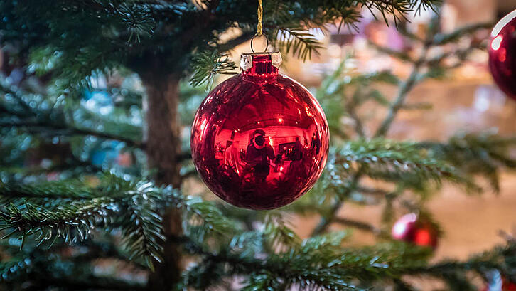 6 tips for managing bowel over holiday-1