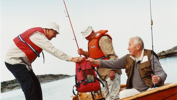 Men_in_fishingboat.png